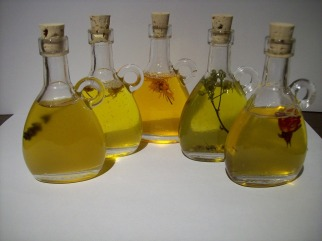 natural-oils-in-cool-bottles