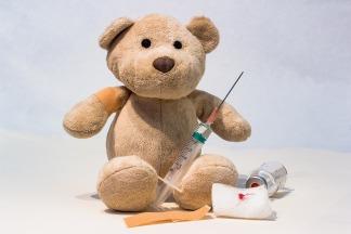 bear-syringe